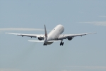 HEATHROWさんが、伊丹空港で撮影した日本航空 777-346の航空フォト(写真)