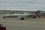 SIさんが、オヘア国際空港で撮影したアメリカン・イーグル CL-600-2C10 Regional Jet CRJ-702の航空フォト(写真)