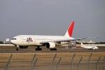 flying_horseさんが、伊丹空港で撮影した日本航空 777-246の航空フォト(写真)