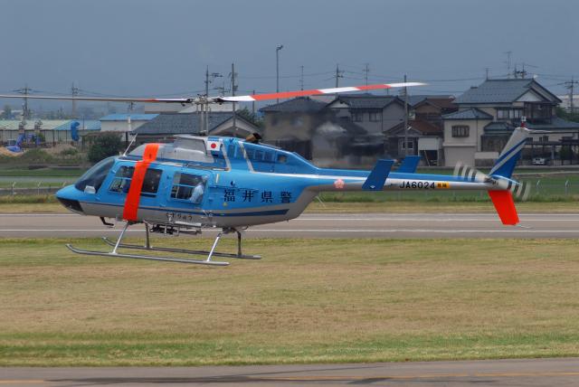 ITM58さんが、福井空港で撮影した福井県警察 206L-3 LongRanger IIIの航空フォト(飛行機 写真・画像)
