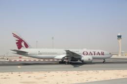 安芸あすかさんが、ドーハ・ハマド国際空港で撮影したカタール航空 777-2DZ/LRの航空フォト(飛行機 写真・画像)
