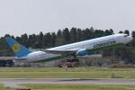 ANA744Foreverさんが、成田国際空港で撮影したウズベキスタン航空 767-33P/ERの航空フォト(飛行機 写真・画像)