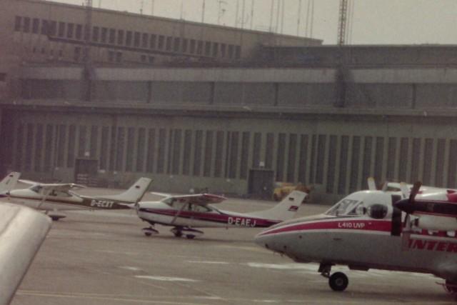ベルリン・テムペルホーフ空港 - Berlin Tempelhof Airport [THF/EDDI]で撮影されたベルリン・テムペルホーフ空港 - Berlin Tempelhof Airport [THF/EDDI]の航空機写真(フォト・画像)