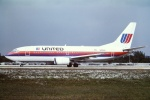 tassさんが、フォートローダーデール・ハリウッド国際空港で撮影したユナイテッド航空 737-322の航空フォト(飛行機 写真・画像)