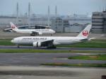 カップメーンさんが、羽田空港で撮影した日本航空 777-246/ERの航空フォト(飛行機 写真・画像)