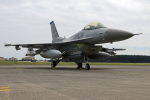 Wasawasa-isaoさんが、横田基地で撮影したアメリカ空軍 F-16CM-50-CF Fighting Falconの航空フォト(写真)