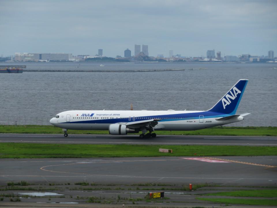 カップメーンさんの全日空 Boeing 767-300 (JA618A) 航空フォト