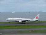 カップメーンさんが、羽田空港で撮影した日本航空 777-289の航空フォト(飛行機 写真・画像)