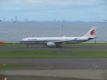 カップメーンさんが、羽田空港で撮影した中国国際航空 A330-343Eの航空フォト(写真)