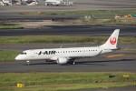 KAZFLYERさんが、羽田空港で撮影したジェイ・エア ERJ-190-100(ERJ-190STD)の航空フォト(飛行機 写真・画像)