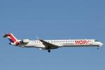 安芸あすかさんが、パリ オルリー空港で撮影したエールフランス・オップ! CL-600-2E25 Regional Jet CRJ-1000の航空フォト(写真)