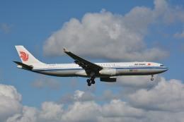 アルビレオさんが、成田国際空港で撮影した中国国際航空 A330-343Eの航空フォト(写真)