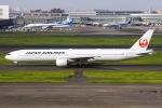 ぐっちーさんが、羽田空港で撮影した日本航空 777-346の航空フォト(写真)