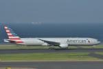 B747‐400さんが、羽田空港で撮影したアメリカン航空 777-323/ERの航空フォト(写真)