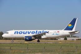安芸あすかさんが、パリ オルリー空港で撮影したヌーべルエア・チュニジア A320-214の航空フォト(飛行機 写真・画像)