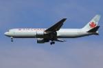 ぽんさんが、成田国際空港で撮影したエア・カナダ 767-375/ERの航空フォト(写真)