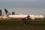 セブンさんが、成田国際空港で撮影したユナイテッド航空 777-322/ERの航空フォト(写真)