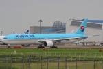 セブンさんが、成田国際空港で撮影した大韓航空 777-3B5の航空フォト(飛行機 写真・画像)