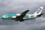 セブンさんが、成田国際空港で撮影した全日空 A380-841の航空フォト(飛行機 写真・画像)