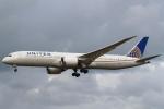 セブンさんが、成田国際空港で撮影したユナイテッド航空 787-9の航空フォト(写真)