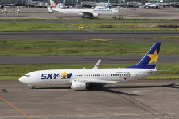 KAZFLYERさんが、羽田空港で撮影したスカイマーク 737-8FZの航空フォト(写真)