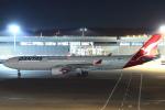 セブンさんが、成田国際空港で撮影したカンタス航空 A330-303の航空フォト(写真)