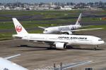 セブンさんが、羽田空港で撮影した日本航空 777-289の航空フォト(写真)