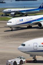 Koenig117さんが、羽田空港で撮影した全日空 777-381の航空フォト(写真)