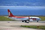 T.Sazenさんが、関西国際空港で撮影したティーウェイ航空 737-8KNの航空フォト(飛行機 写真・画像)
