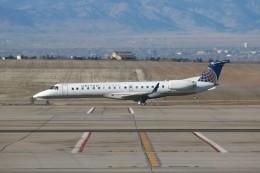 masa707さんが、デンバー国際空港で撮影したトランスステート・エアラインズ ERJ-145XRの航空フォト(飛行機 写真・画像)
