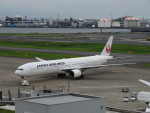 カップメーンさんが、羽田空港で撮影した日本航空 777-346の航空フォト(飛行機 写真・画像)