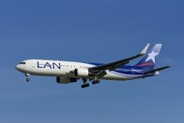 Frankspotterさんが、マドリード・バラハス国際空港で撮影したラタム・エアラインズ・チリ 767-316/ERの航空フォト(飛行機 写真・画像)