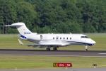 zettaishinさんが、ローリー・ダーラム国際空港で撮影したNPM EQUIPMENT LEASING LLC BD-100-1A10 Challenger 300の航空フォト(写真)