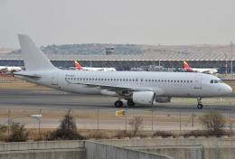 IL-18さんが、マドリード・バラハス国際空港で撮影したスマートリンクス・マルタ A320-214の航空フォト(飛行機 写真・画像)