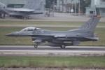 コギモニさんが、小松空港で撮影したアメリカ空軍 F-16CM-50-CF Fighting Falconの航空フォト(写真)