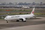 KAZFLYERさんが、羽田空港で撮影した日本航空 777-346/ERの航空フォト(写真)