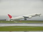 きんめいさんが、中部国際空港で撮影した日本航空 777-346/ERの航空フォト(写真)