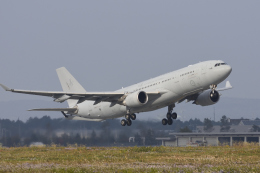 eikas11さんが、千歳基地で撮影したオーストラリア空軍 KC-30A(A330-203MRTT)の航空フォト(飛行機 写真・画像)