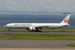 Koenig117さんが、羽田空港で撮影した日本航空 777-346の航空フォト(写真)