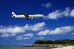 まったり屋さんが、那覇空港で撮影した日本航空 777-346の航空フォト(写真)