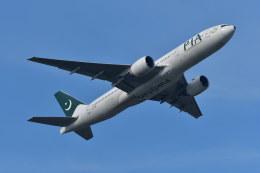 南国の防人さんが、成田国際空港で撮影したパキスタン国際航空 777-2Q8/ERの航空フォト(写真)