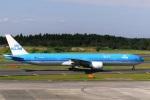 DVDさんが、成田国際空港で撮影したKLMオランダ航空 777-306/ERの航空フォト(写真)