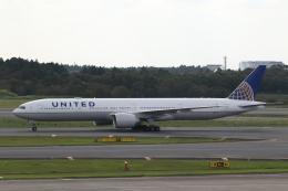 ANA744Foreverさんが、成田国際空港で撮影したユナイテッド航空 777-322/ERの航空フォト(写真)