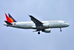 mojioさんが、成田国際空港で撮影したフィリピン航空 A320-214の航空フォト(飛行機 写真・画像)