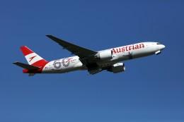 sin747さんが、成田国際空港で撮影したオーストリア航空 777-2Q8/ERの航空フォト(飛行機 写真・画像)