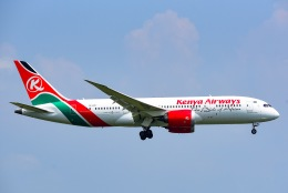 Yukipaさんが、スワンナプーム国際空港で撮影したケニア航空 787-8 Dreamlinerの航空フォト(飛行機 写真・画像)