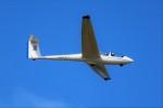 ばっきーさんが、小松空港で撮影した日本個人所有 ASK 21の航空フォト(写真)