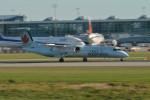 小弦さんが、バンクーバー国際空港で撮影したジャズ・エア DHC-8-402Q Dash 8の航空フォト(飛行機 写真・画像)