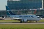 小弦さんが、バンクーバー国際空港で撮影したウェストジェット 737-6CTの航空フォト(写真)