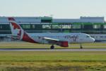 小弦さんが、バンクーバー国際空港で撮影したエア・カナダ・ルージュ A319-114の航空フォト(写真)